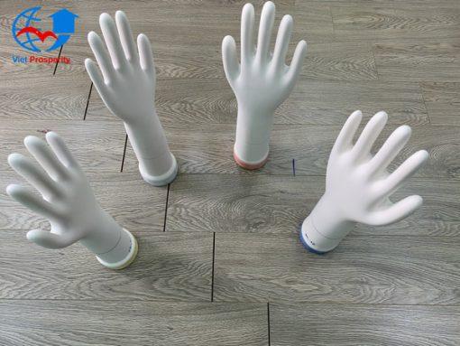 khuon-gang-nitrile-3